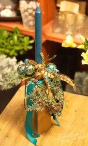 stroik świąteczny w kolorystyce niebieskiej