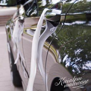 Ozdoba klamek samochodu do ślubu