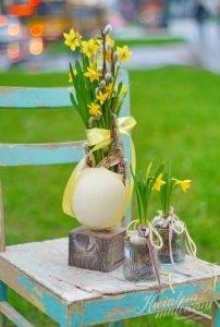 żonkile na Wielkanoc
