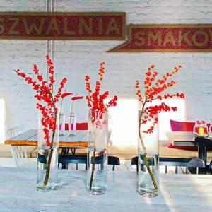 Dekoracje kwiatowe biur i restauracji