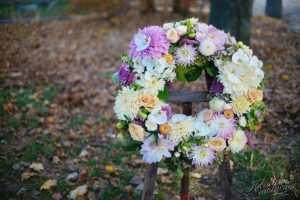 Wieniec pogrzebowy w jasnych kolorach